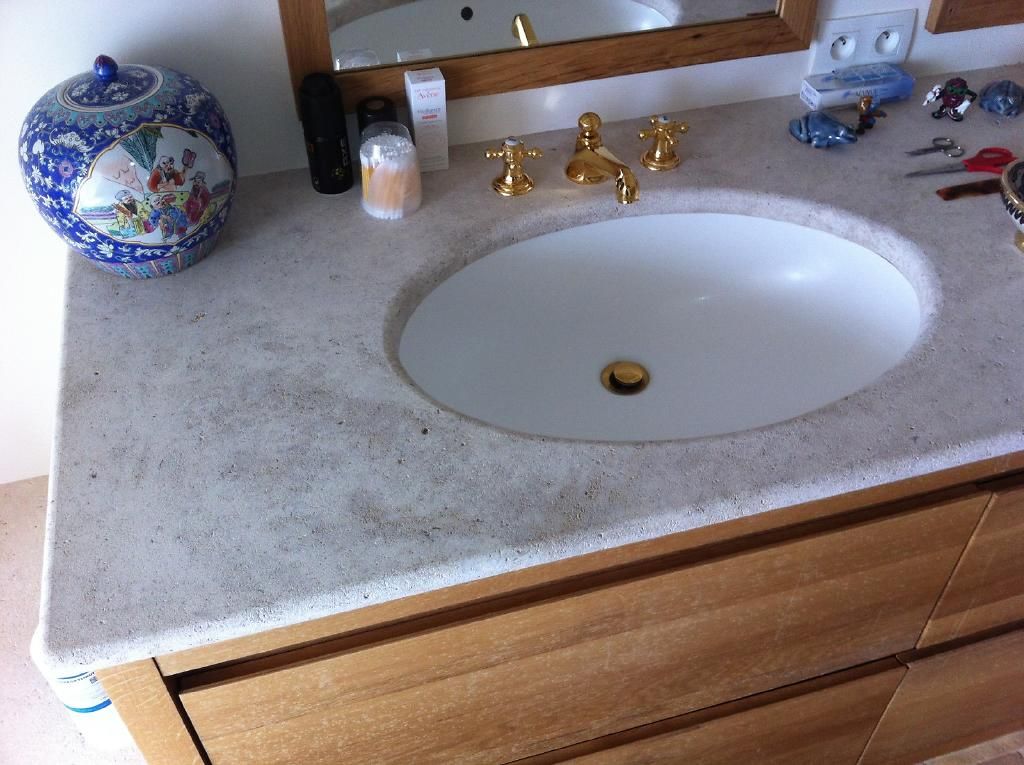 Plan pour salle de bain en pierre marbre ou granit - Produits salle de bain ...